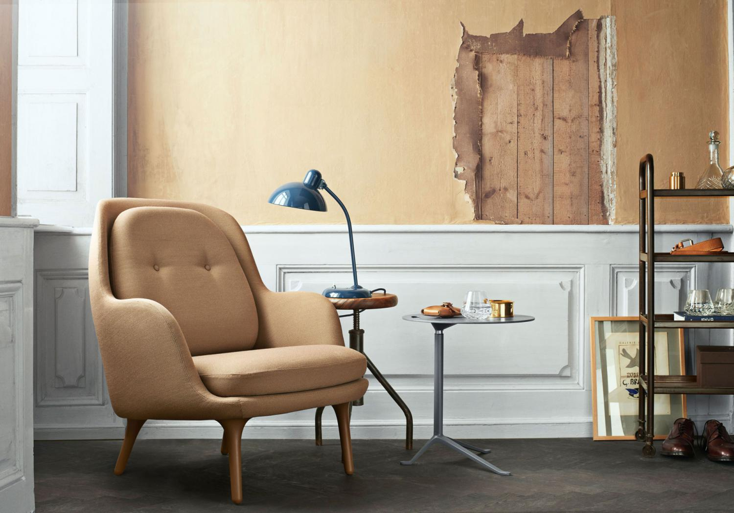 Fri from Fritz Hansen: a brand new armchair by Jaime Hayon